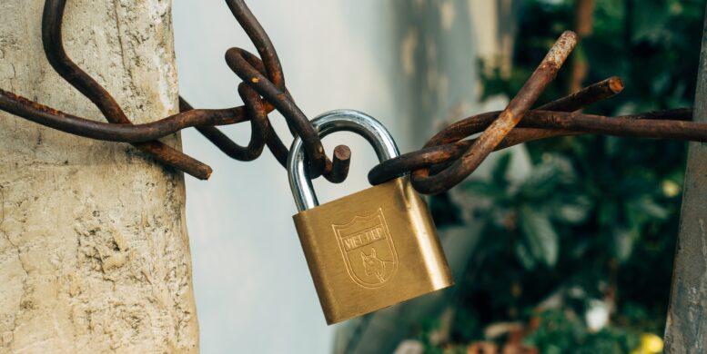 Artikeltext: Ein Schloss als Symbol für Passwortsicherheit
