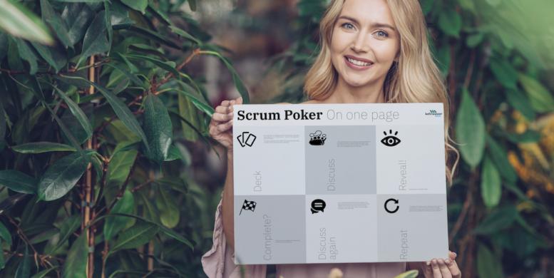 Artikelbild - Frau hält Cheat Sheet als Poster in die Kamera